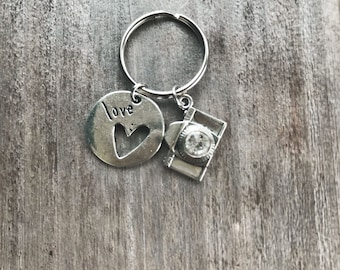 Camera Keychain- Photography Keychain- Gifta for Her- Modeling Keychain