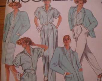 """UNCUT FF  Vintage 80's  Misses Jacket, Shirt, Skirt & Pants  McCalls 9565  Size 8   Bust 31 1/2"""""""