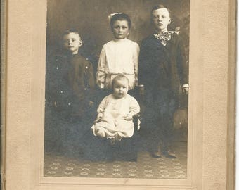 Antique Cabinet Photograph of 4 Children Victorian Turn of the Century Baby Siblings