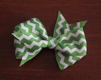 Green and white chevron bow clip