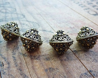 Metal Bead Antiqued Gold Ornate Filigree Beads Antiqed Brass Color (2) IG423