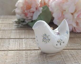 Vintage Cottage Style Floral Love Bird Ceramic Pomander Wedding Cake Topper Collectible, Made in Japan