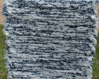 Blue and White Woven Shag Rug, Amish Made Shag Rug, Hand Woven Shag Rug, Blue and White Rug, Blue and White Doormat,