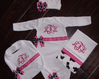 Cow Girl Layette Set, Baby shower girls gift, Personalized Farm Gown, Monogrammed Baby shower set