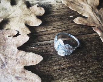 Starling silver oak leaf ring