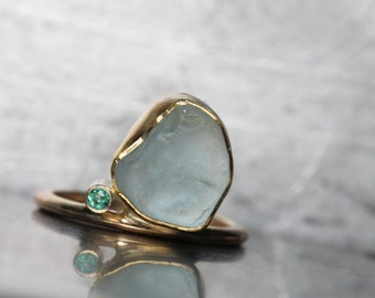 Alluvial Aquamarine Emerald Gold Ring Luxurious Elegant 14k Yellow Gold Blue Green Rough Raw Gemstone March Birthstone Gift - Tumble de Luxe