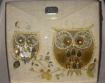 What a hoot ! Enid Collins style Owl design bag 1960s