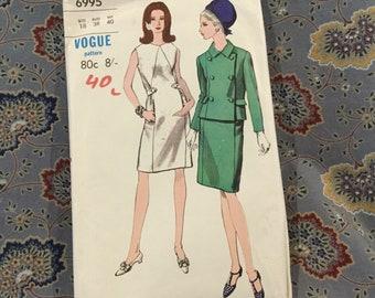 "Vogue vintage dress and jacket pattern 70s, size 18, bust 38"", hips 40"","