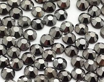 Hematite Crystal Glass Rhinestones - SS20, 1440 pieces - 5mm Flatback, Round, Loose Bling