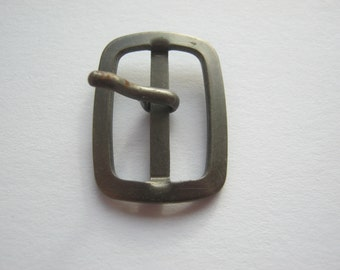 15 pieces of metal buckles with mandrel, small buckles approx. 28/21 mm, bridge approx. 22 mm, new, Button manufactory