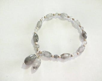 Grey quartz bracelet with pendant