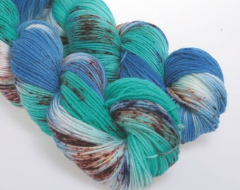 Hand dyed Yarn Sock yarn, DK,  Superwash wool   Aqua Green  'Turquoise Days'