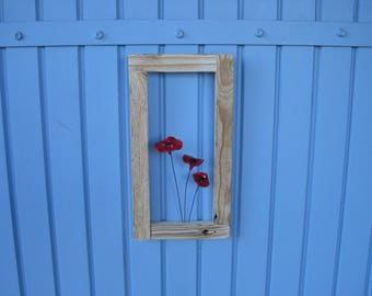 Recycled pallet, frame, painting with poppies