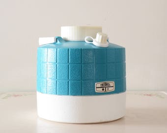 Aqua and white 1 gallon jug/spout 50s style picnic/camping Thermos