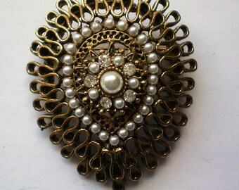 Multi-layered Brass and Faux Pearl with Rhinestone Brooch - 5173