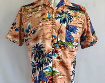 Vintage Men's 70's Hawaiian Shirt, Polyester, Short Sleeve (M)