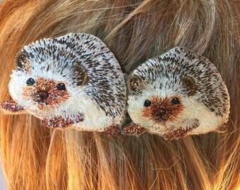 Hedgehog Barrette, Hedgehog Hair Clip, Two Hedgehogs, Hedgehog Applique, French Barrette, Twin Hedgehogs, Brown and White, Hedgehog Gift