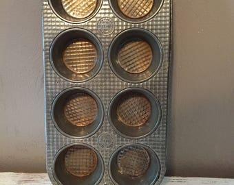 Vintage Ovenex waffle pattern cupcake, muffin tin / aluminum bakeware made in USA / vintage bakeware