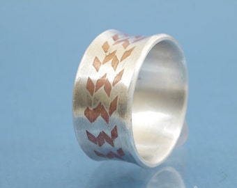 Silver copper Solitaire ring Mokume Gane // handmade wood grain in metal // single piece // size 8,5