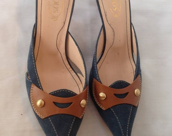 Vintage Tod's blue Suede Kitten Heel Pumps