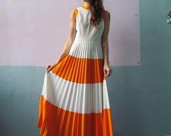 Vtg Accordian Pleated Maxi Dress