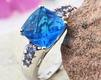 Caribbean Blue Quartz Ring - Size 10
