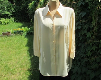 Buttoned  Womens Blouse / Blouse Vintage / Yellow Blouse / Size EUR48 / UK20 / Big Size Blouse