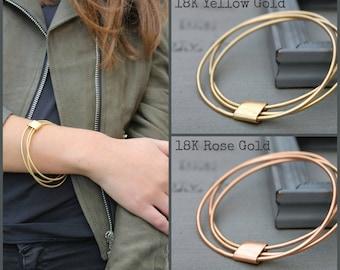 Gold Bangle Stackable Bracelets set, thin gold bracelet set, thin gold bangle set of 3, Stacking Gold Bracelet, Stacking bangles