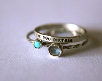 Ensemble de 3 anneaux un personnalisé message et deux pierres précieuses anneaux en argent empilable