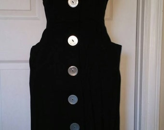 50s / 1950s Wiggle Dress with Melamine Buttons and Matching Belt