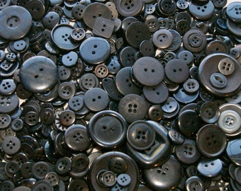 100 Black Button Mix, Assorted sizes, Sewing buttons, Craft buttons, Jewelry, Collect (866)