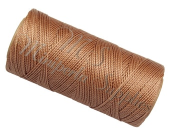 Spool of thread macramé waxed Linhasita - light brown