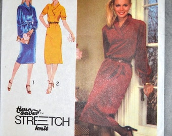 Vintage 1979 Pullover Dress Sewing Pattern Simplicity 9196 Misses' Pullover Dress Bust 30-34 inches Complete UNCUT