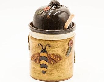 Bee Honey Pot   Honey Jar   Honey Bee   Bumble Bee   Pottery   Ceramic   Stoneware   Ceramic Honey Pot   Handmade Pottery   Kitchen Storage