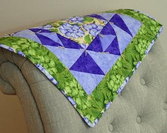 Purple Hydrangea Triangle Table Square Quilt