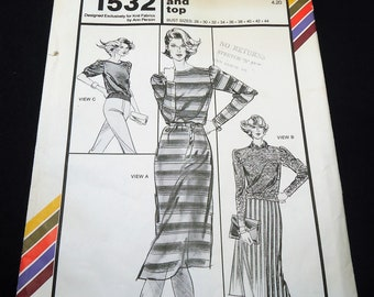 Stretch & Sew Boatneck Dress And Top Pattern 1532 Bust Size 28 - 44