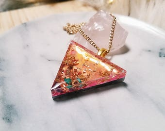 Holographic Crystal Resin Triangle Pendant Necklace - Crushed Garnet, Magnesite