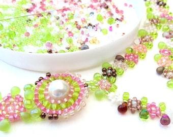Beadweaving Tutorial - 4 Summer Dew Necklace, Daisychain Seed Bead Pattern