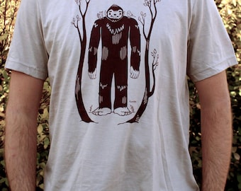Mens T-Shirt - Bigfoot and Woodland Animal Friends Design Graphic - Sasquatch Tee Shirt Sizes Men Unisex Small Medium Large XL XXL Sizes