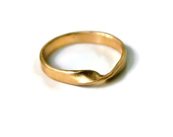 18k Gold Mobius Ring or Wedding Band - Medium, Matte, Polished 3mm 4mm his and hers rings matching wedding set twisted moebius strip