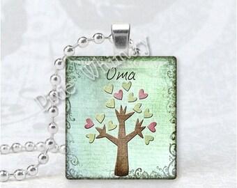 OMA Pendant, Grandma, Grandmother, Granny, German Word, Scrabble Tile Art Pendant Charm Jewelry