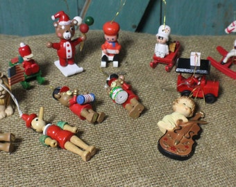 Lot of Vintage Wooden Ornaments Made in Taiwan