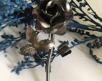 Vintage Mexican Silver Flower Brooch - 1970s Moulded Flower Silver Brooch.