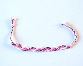 Friendship bracelet vague pattern