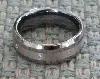 ARGENTO Polished Beveled Edge Tungsten Ring with 3mm Argentium Silver Inlay & Eight White Diamonds | 8mm