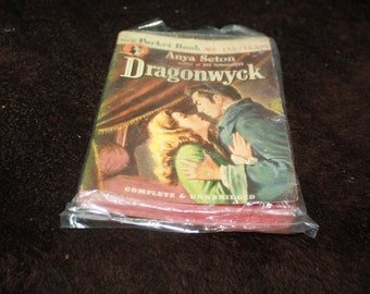 1946 Dragonwyck Anya Seton Pocket Book paperback edition
