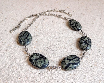 Stylish Jasper and Chain 17 Inch Necklace (Item Z 57)