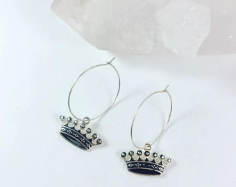 Crown hoop earrings, silver wire hoops, minimalist earrings, crown charms, delicate earrings