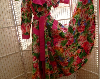 Vintage style robe. Full length. Dior New Look - I Love Lucy style. Size 10 (XS)