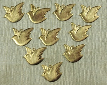 Vintage 80s Brass Dove Charms, Pkg of 10; VBM1012
